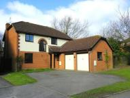 Detached property in Hunters Way...