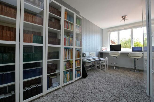 Study/4th Bedroom