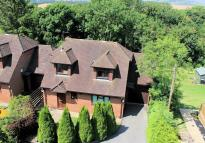 3 bedroom Detached home to rent in Wallingford Road, Goring...