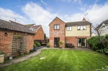 4 bed Detached property in Cross Road, Cholsey...