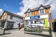3 bed Apartment for sale in High Street, Goring...