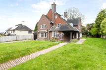 5 bed Detached home to rent in Royal Chase...