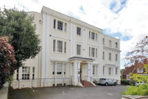 2 bed Flat in 22 Mount Sion...