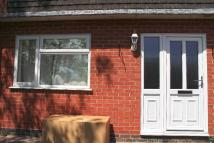 2 bedroom Ground Flat to rent in The Lakes Road, Bewdley...