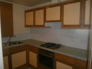2 bedroom Ground Flat in Barrack Road...