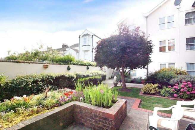 Communal Gardens 3