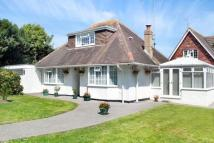 3 bed Bungalow for sale in Rustington, West Sussex