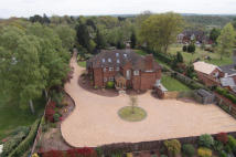 6 bedroom Detached property for sale in Whitehill Road...