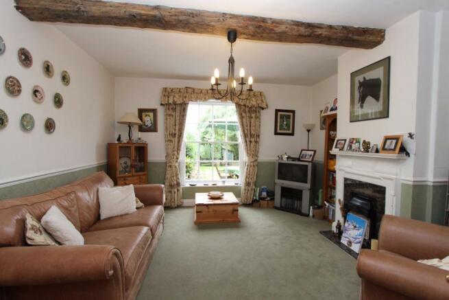 Bury Hall Sitting Room _1846.JPG