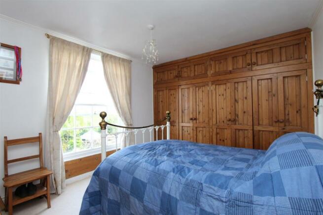 3 Bury Hall bedroom.jpg