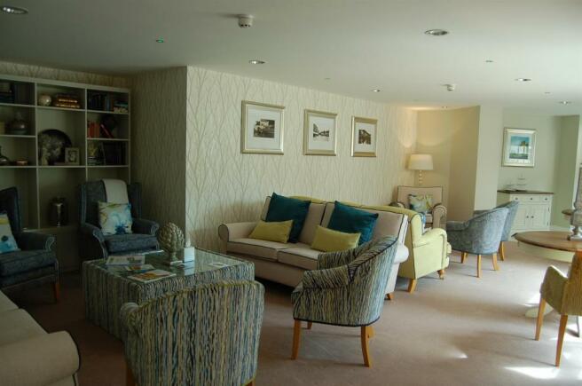 Residents Lounge.JPG