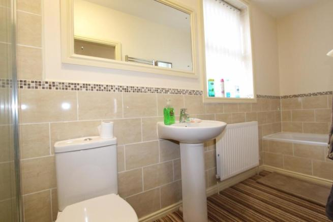 Bathroom_9750.JPG