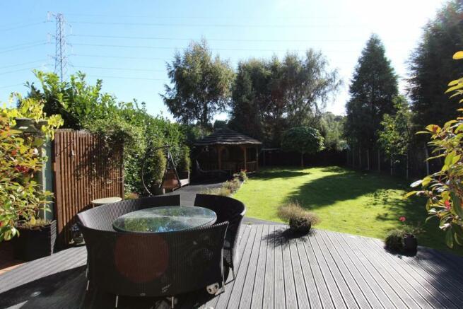 Campana garden patio