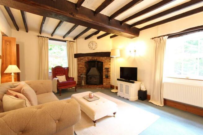 April Cottage Lounge 2.jpg