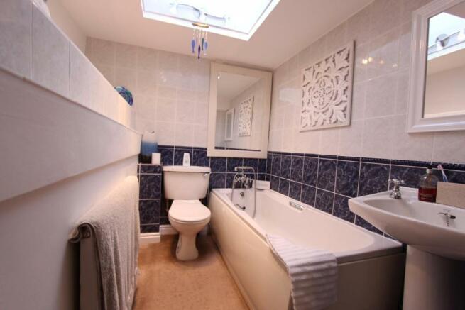 Bathroom_0461.JPG