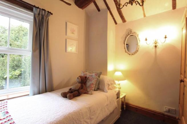 Bedroom Two_0465.JPG