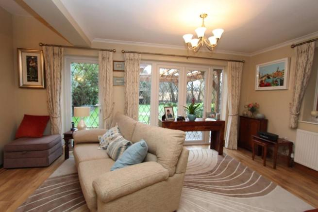 Fordbrook Cottage sitting area.jpg