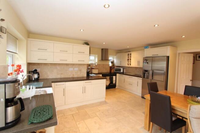 Fordbrook Cottage kitchen1.jpg