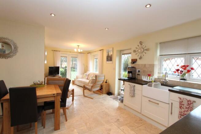 Fordbrook Cottage kitchen2.jpg