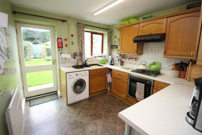 29 Ridleys Cross kitchen.JPG