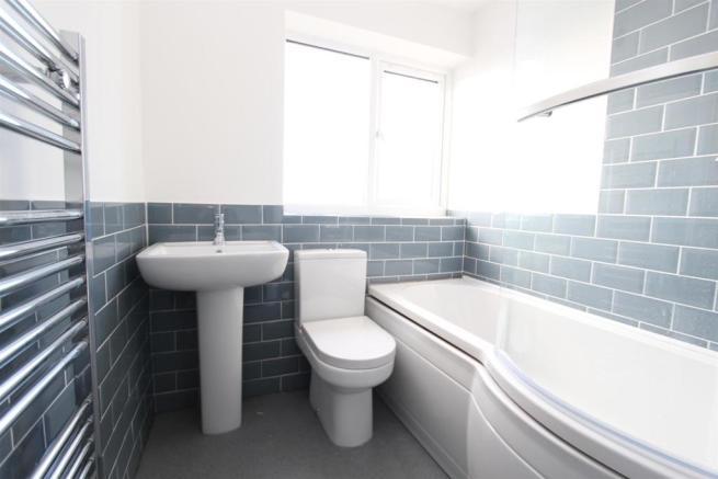 Bathroom_9818.JPG