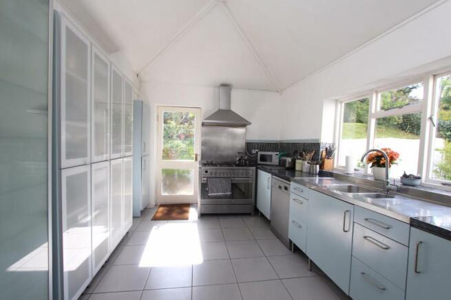 Paper Mill Cottage kitchen.jpg