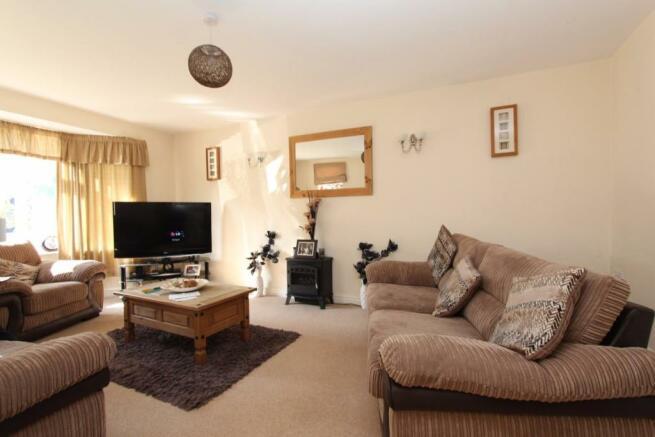 215a Sutton Park Road lounge.jpg