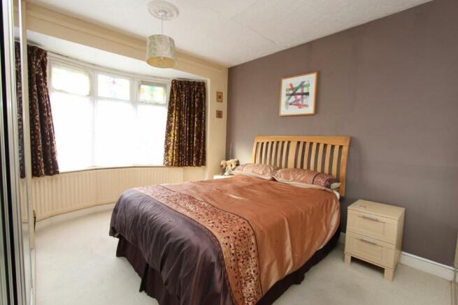 6a Spencer Street bed1.jpg