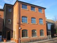 2 bedroom Flat to rent in Clarks Mews