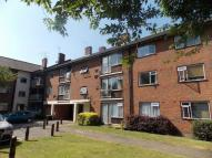 3 bed Flat in Snaresbrook