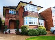 4 bed Detached house to rent in Mount Echo Avenue, London