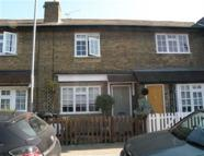 2 bedroom house in Loughton