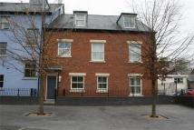 1 bed Apartment in Lion Street, Abergavenny...