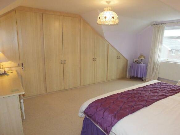 bedroom 1 - 4