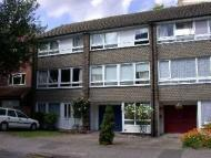 Town House for sale in Wakefield Gardens...