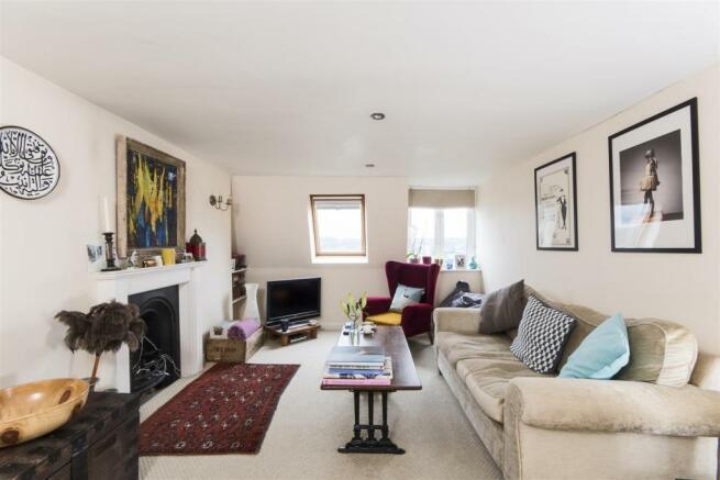 Top Floor Apartment,