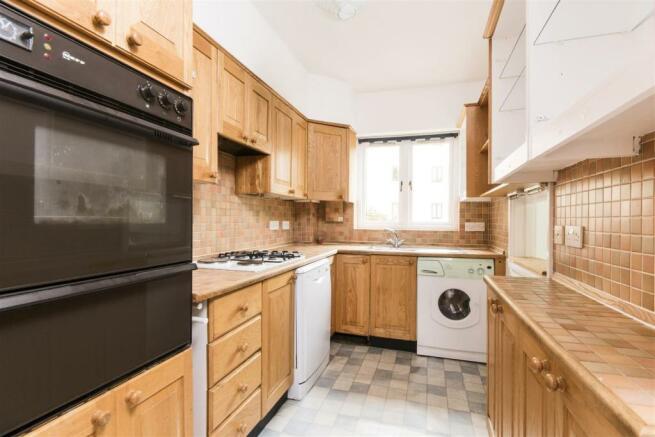 Apartment 17 , North