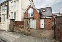 2 bedroom Detached house in Shaftesbury Road...
