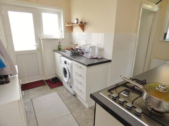 Kitchen 34b