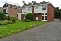 3 bedroom semi detached property to rent in Orchard Avenue...
