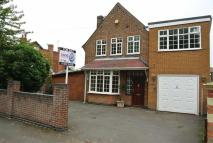 4 bed Detached home for sale in Victoria Avenue...