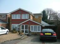 4 bedroom Detached home to rent in Eton Close, Walderslade...