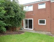 Flat to rent in Oak Drive, Eastwood...