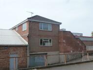 1 bedroom Flat to rent in Heanor Road, Loscoe...
