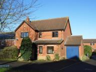 4 bed Detached property in The Gardens, Heddington...