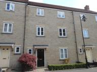 Linnet Road Town House to rent