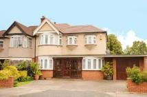 4 bed property for sale in Exeter Road, Harrow...