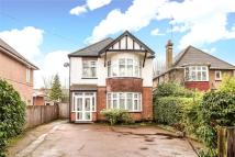 4 bed Detached property in Headstone Lane, Harrow...