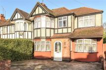 5 bedroom End of Terrace house in Sandringham Crescent...