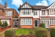 3 bedroom semi detached house in Southfield Park, Harrow...